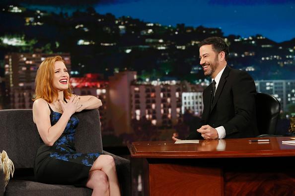 Jessica comparece ao Jimmy Kimmel Live