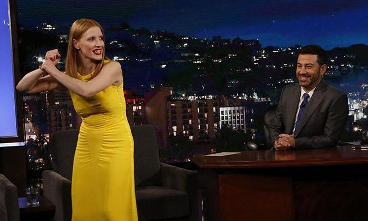 Jessica participa do programa Jimmy Kimmel Live!
