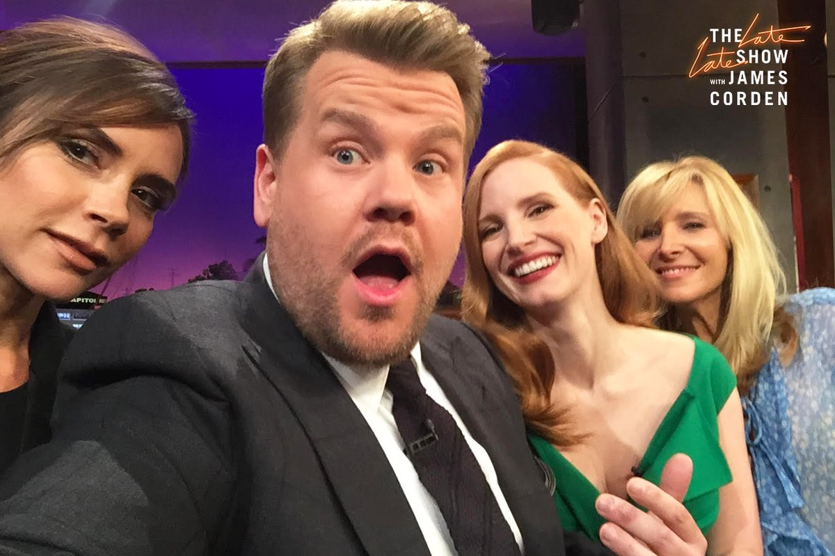 Jessica participa do The Late Late Show With James Corden